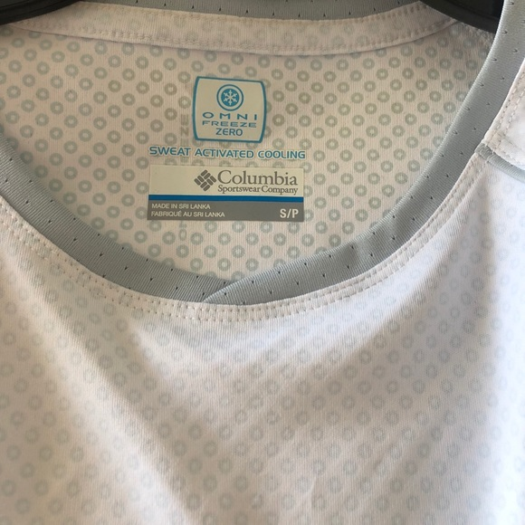 00318f784f9 Columbia Tops | Omni Freeze Zero Cooling Shirt Small | Poshmark